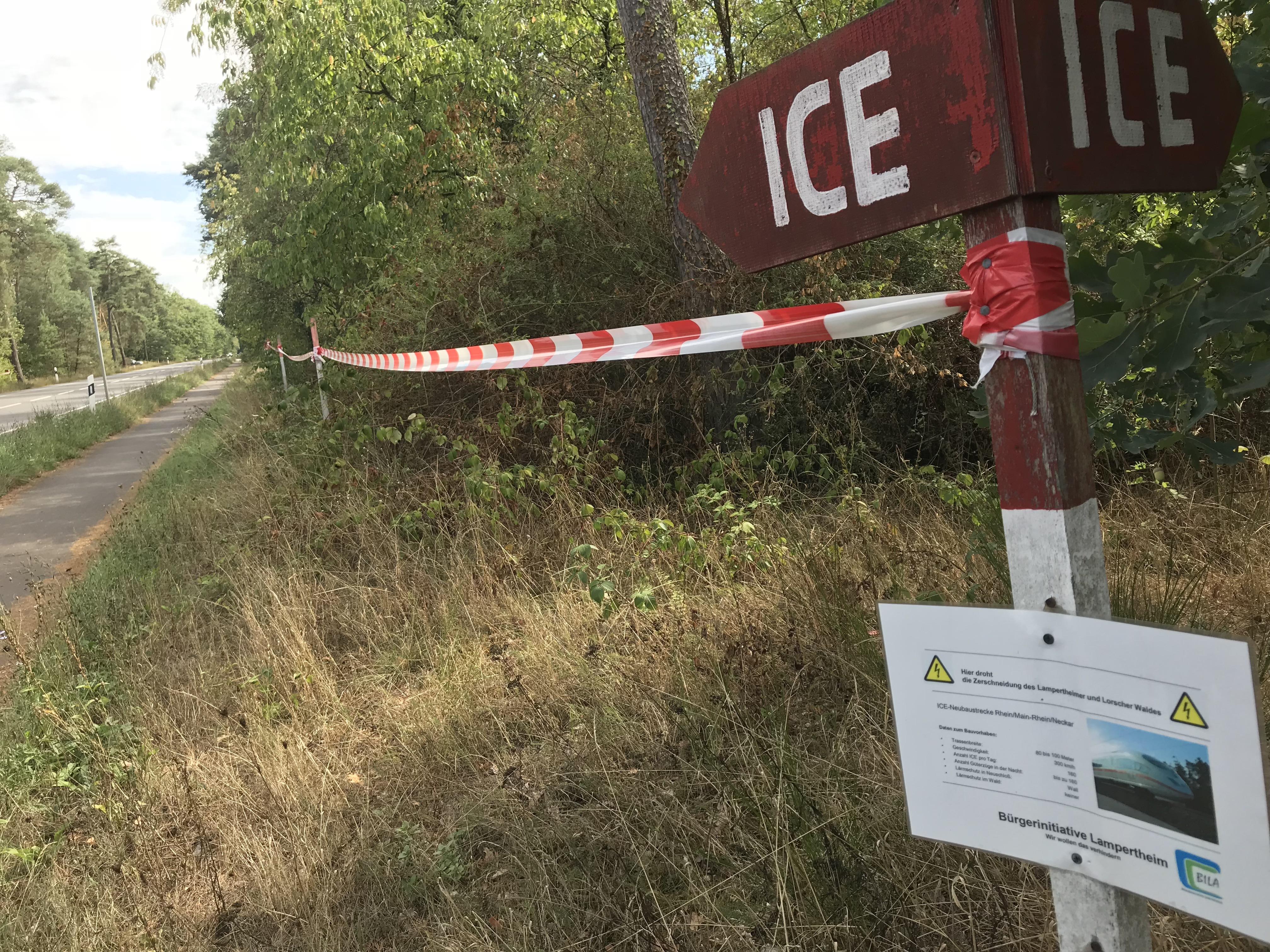 Markierung des möglichen Verlaufs der ICE-Trasse bei Neuschloß.