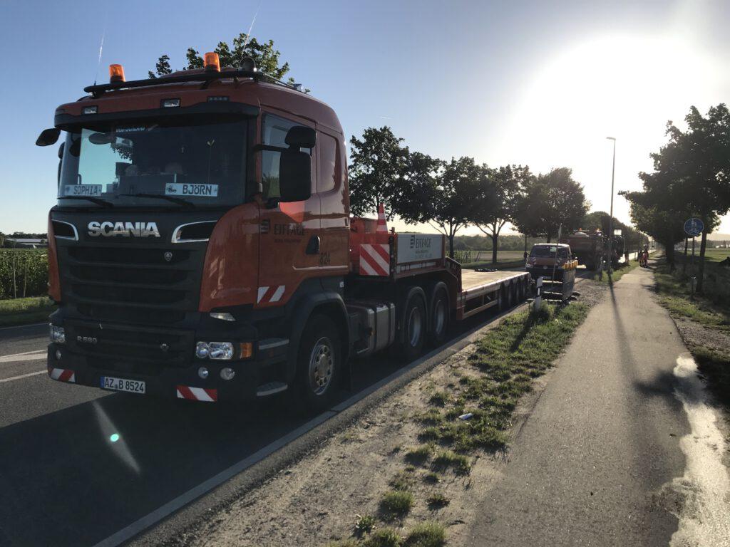 Baufahrzeuge rücken an zur Sanierung der L3110 bei Lampertheim