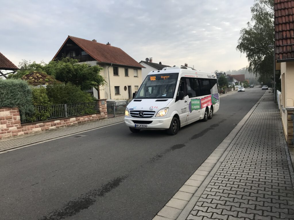 Die 602 im Alten Lorscher Weg.