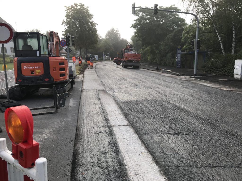 L3110: Bauarbeiten in der Ortsdurchfahrt Neuschloß.